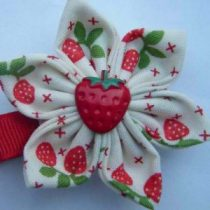 Maisie May Kimono hair clip - strawberry